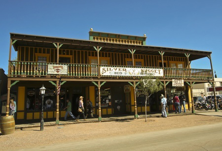 Tombstone Arizona – Ride your motorcycle into the Old West